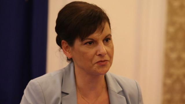 Дариткова призна: Само е-здравеопазването не са изпълнили