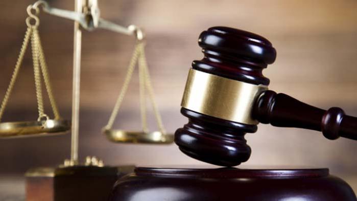 Съдят варненец за подкуп на полицаи