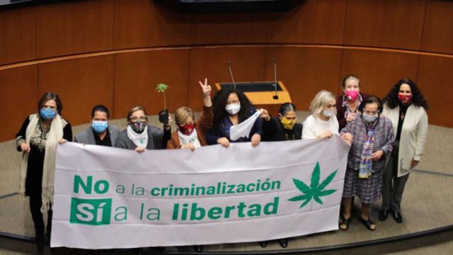 Мексико ще легализира марихуаната