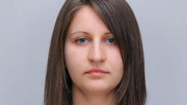 Съдът решава да остане ли в ареста майката, убила децата си в Сандански