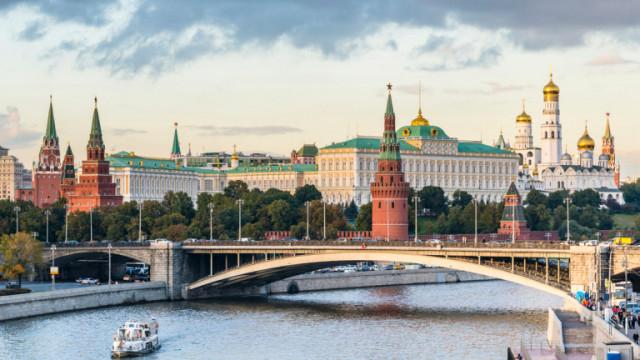 Русия се закани да отговори на неприятелския акт на Чехия