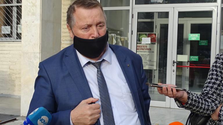 Майката от Сандански, убила двете си деца, остава в ареста