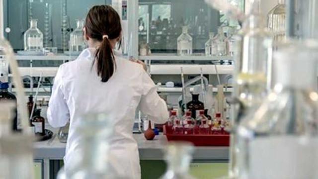 Швеция със 17 265 новозаразени с коронавирус от петък