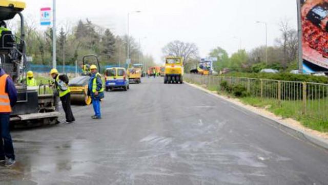 Преасфалтират част от варненски булевард, ще бъде затворен за движение в събота