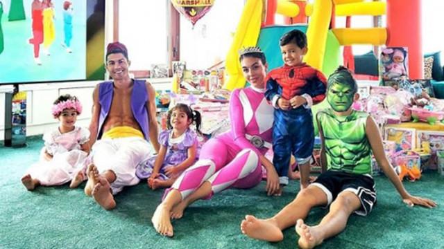 Кристиано Роналдо, Джорджина Родригес и рожденият ден на близнаците Ева и Матео