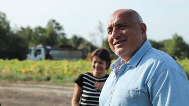 Борисов: Стараем се да няма паника, но от другата страна на везната са лекарите