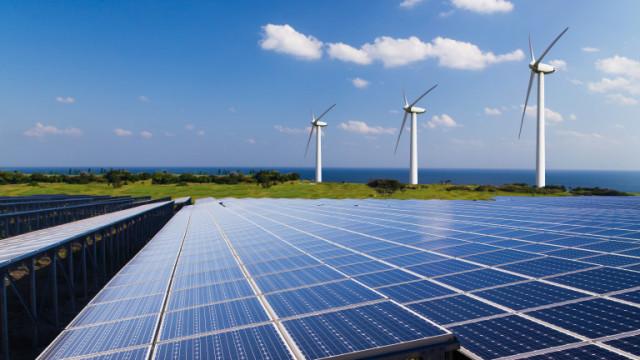 ЕС изпълнява две от трите климатични цели 2020
