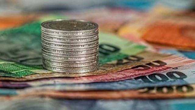Доклад: Кризата оказва негативно влияние на заплатите