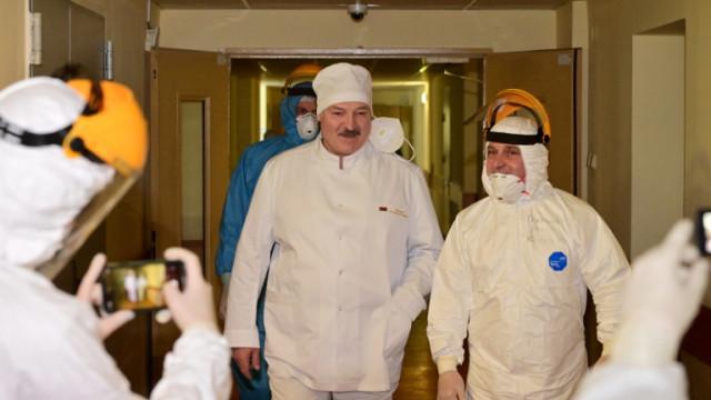 Лукашенко призна: COVID ситуацията и в Беларус е тежка