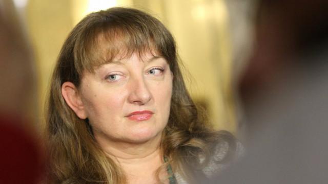 Сачева: Ние сме адекватни, работодателите не могат да осмислят мерките