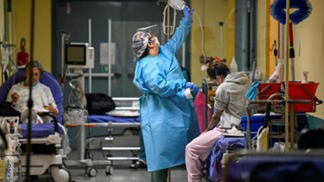 Италия регистрира 21 052 новозаразени и 662 починали