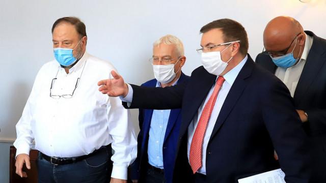 Д-р Шарков: Стоматолозите са в непрекъснат риск, а нямат достъп до регистъра на заразените