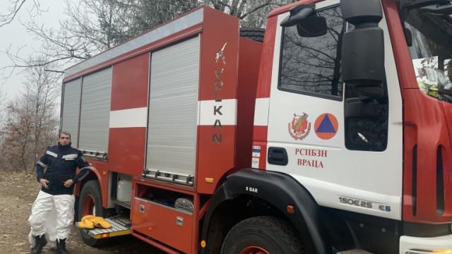 Горя пожар в изоставена къща във Варна