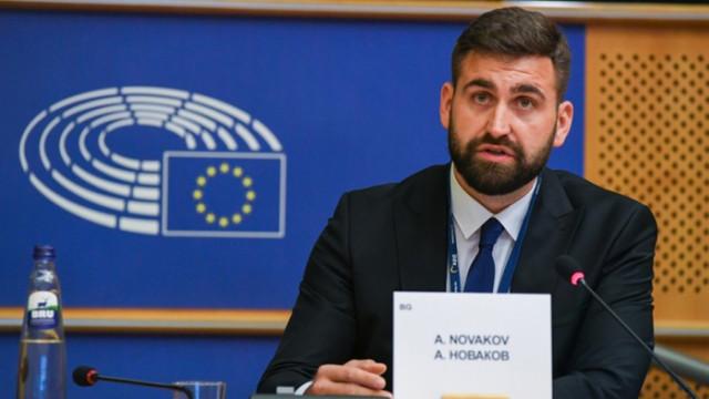 """Андрей Новаков предлага """"бърза писта"""" за големите инфраструктурни проекти на ЕС"""