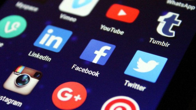 Фейсбук, Туитър и Инстаграм се сринаха едновременно