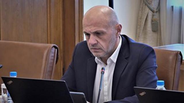 """Дончев: """"Криза"""" е думата на 2020 г. , """"възможност"""" - на 2021-а"""