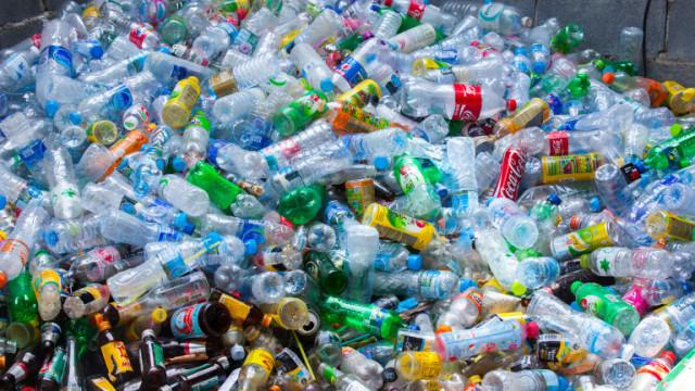 ЕС забранява износа на пластмасови отпадъци