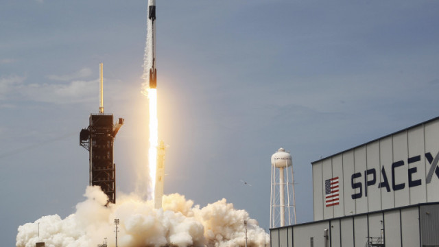 SpaceX извежда в орбита 28 спътника на Пентагона до края на 2022 г.г.