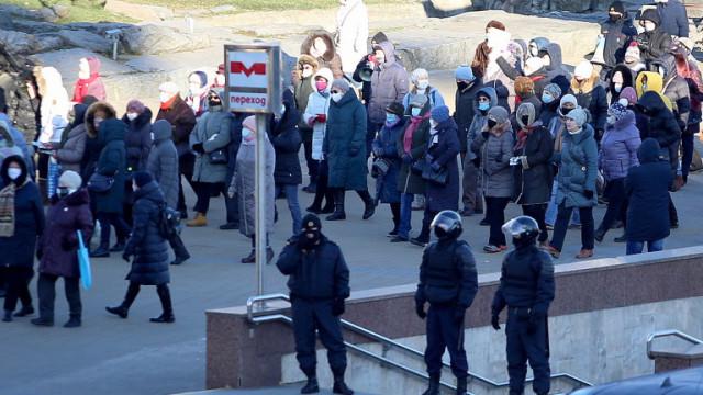 Нови протести в Беларус, десетки задържани