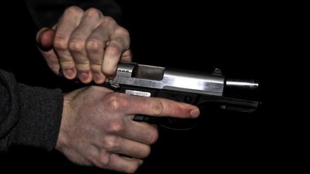 Задържаха мъжа, застрелял жена в Ловеч на Нова Година