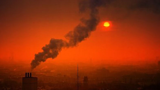 Мръсният въздух - причина за големия брой спонтанни аборти в Южна Азия?