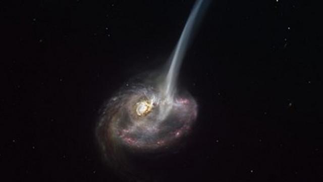 """Астрономи за пръв път наблюдаваха далечна галактика, която """"загива"""""""