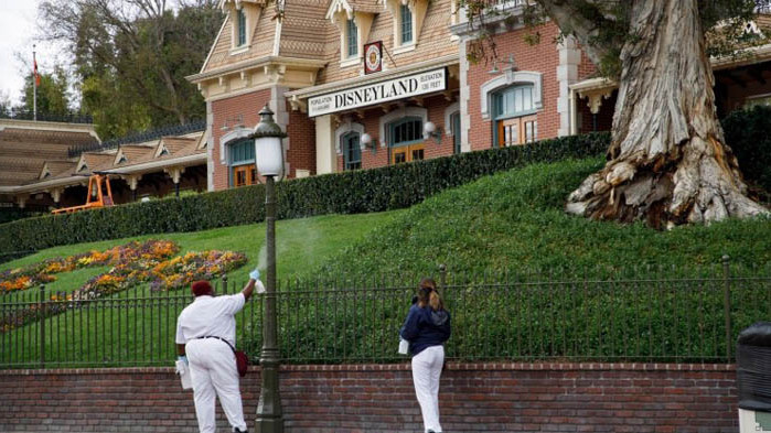 """""""Дисниленд"""" в Калифорния отваря отново врати на 11 юли"""