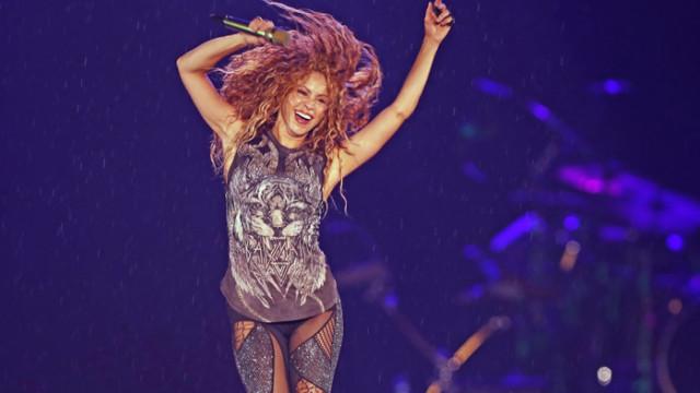 Шакира продаде правата за всичките си песни