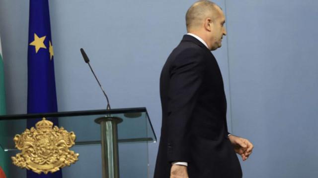 Психолог: Президентът Радев обикновено си заучава добре репликите