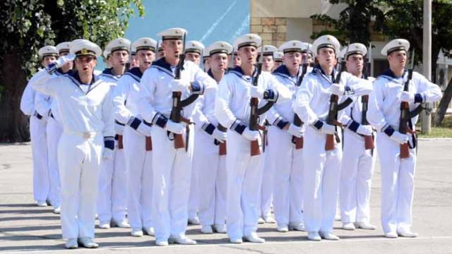 """Ден на курсантското управление се проведе във ВВМУ """"Н. Вапцаров"""""""