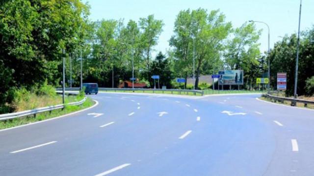 """Започва ремонтът на 6 км от платното за Варна на АМ """"Хемус"""" между надлез """"Игнатиево"""""""