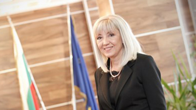Петя Аврамова: Нямаме информация да предстоят съкращения във ВиК