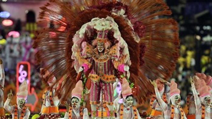Отменя се карнавалът в Рио де Жанейро