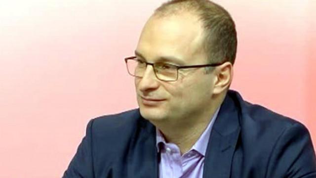 Доц. Александър Райнов: Не получаваме траен имунитет срещу COVID-19