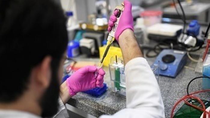 """В САЩ почти 2000 дози от ваксината на """"Модерна"""" се развалиха заради изключване на хладилник"""
