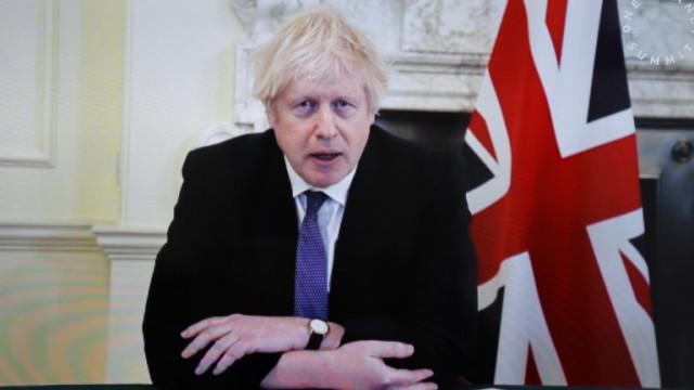 Джонсън е информиран, че британският щам може да е по-смъртоносен