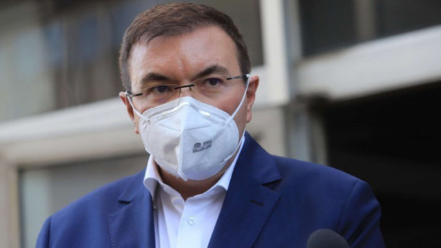 Министър Ангелов ще разговаря с директори на РЗИ във Варна