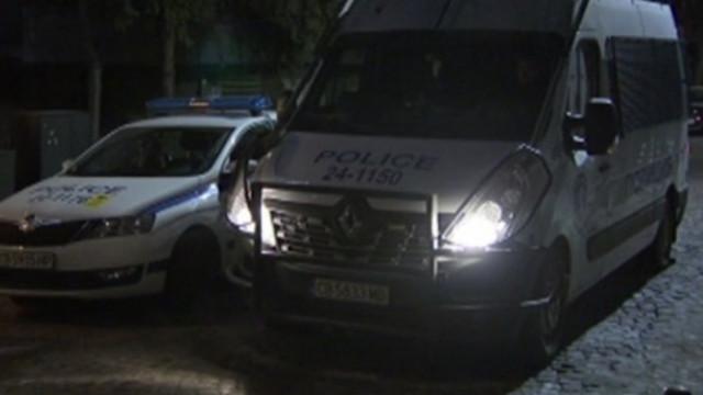 След незаконните партита: Един арестуван и 21 акта за нарушаване на мерките