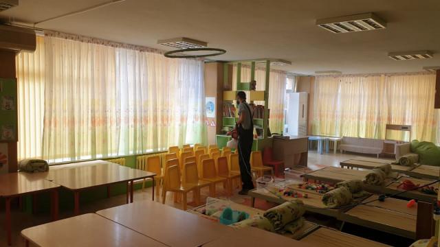 Детските градини и училища във Варна се превръщат в зона без вируси след третирането с нано препарат