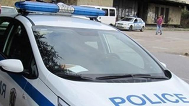 Задържаха петима с дрога в Пловдив и Карлово
