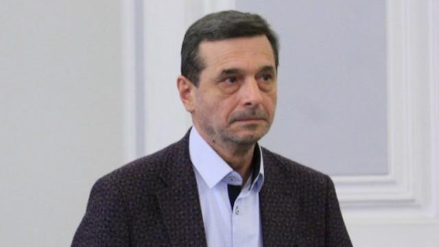 Няма драстично повишаване на безработицата, успокоява Димитър Манолов