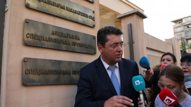Ирония на съдбата: Челният сблъсък на секретаря Узунов с Лаура Кьовеши