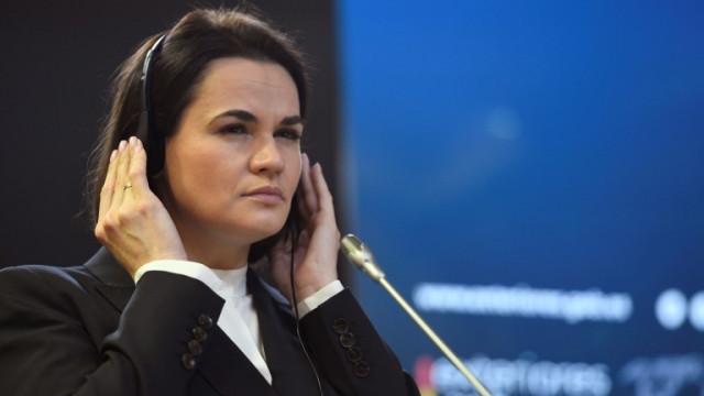 Тихановска зове Путин да се вслуша в протестиращите в подкрепа на Навални