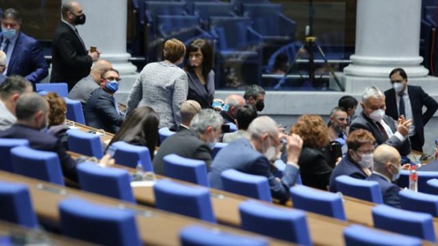 Менда Стоянова: Социалистите са срещу това да получаваме три пъти повече, отколкото внасяме в ЕС