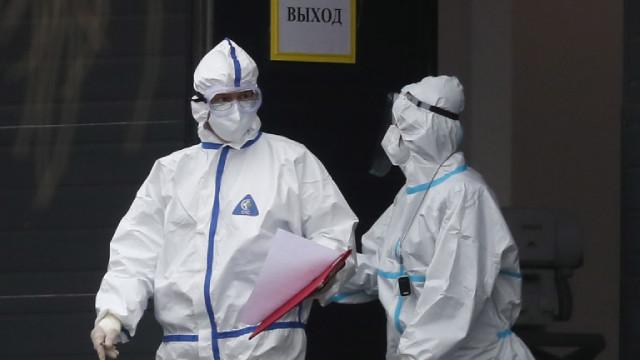 Русия актуализира статистиката си - 162 429 са починалите от пандемията