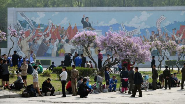 """Северна Корея и забраните, пътуванията, контролът и другите """"екстри"""" за местните"""