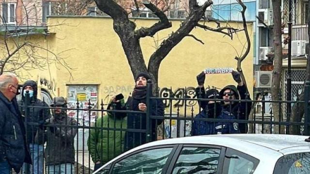 Петима на протест срещу Борисов във Варна