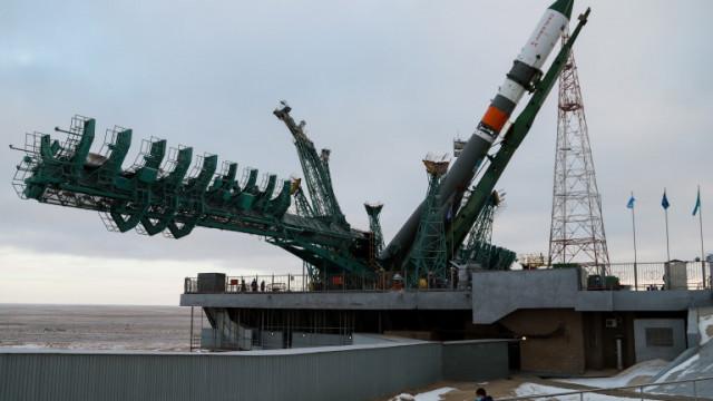"""Руският товарен кораб """"Прогрес"""" се отправи към Международната космическа станция"""