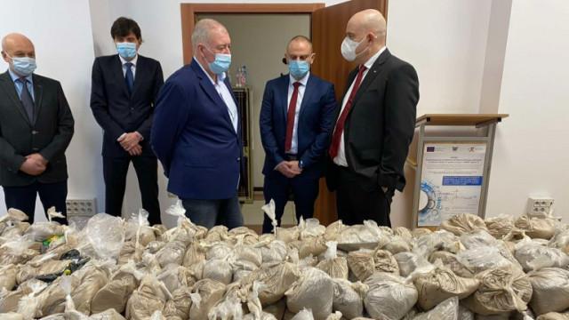 Хероин за 32 млн. лв. задържаха във Варна