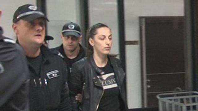 Условна присъда за дознателката Розалина Кьосева, помагала на любимия си Владо Боклука